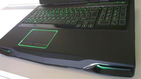 Laptop Alienware M17x R3 3d Bluray alienware m17x r3 3d edition glasses 16gb i7