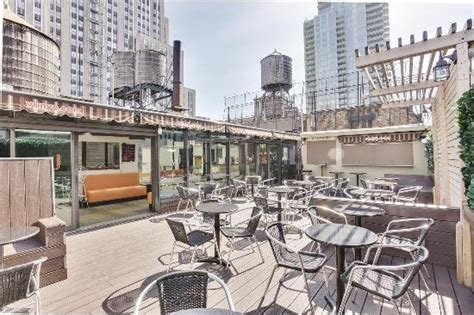 La Quinta Garden City Ny Tripadvisor La Quinta Inn Suites Manhattan Updated 2017 Hotel