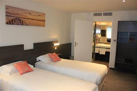 hotel restaurant avec dans la chambre chambre 2 lits les chambres de l h 244 tel 224 crevin