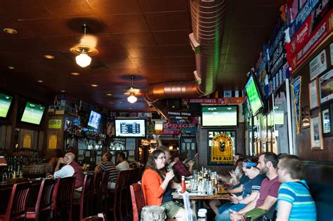 top sports bars in chicago best sports bars in chicago
