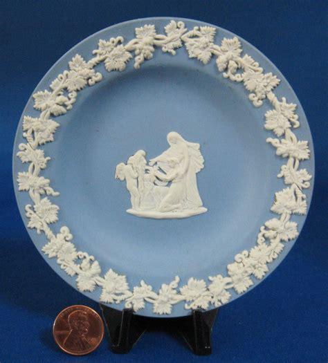 Vintage China Patterns time was antiques dickens smoking bishop wedgwood jasperware