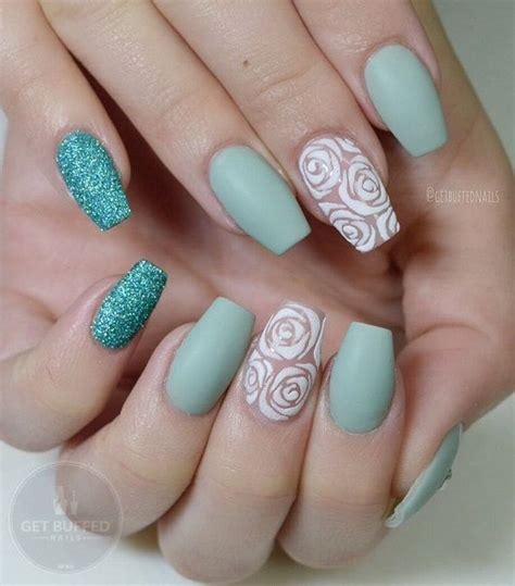 rose pattern nails 1000 ideas about rose nail art on pinterest rose nails