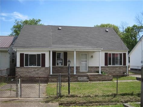 108 kentucky ave albans wv 25177 foreclosed home