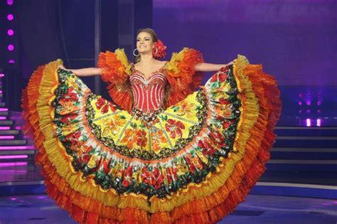 Essayer Espagnol Trad by Les 75 Meilleures Images 224 Propos De Costumes Trad Du Monde Sur P 233 Rou D 233 Guisements