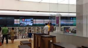 Mall Stores Microsoft Store In Danbury Fair Mall Is No Apple Store