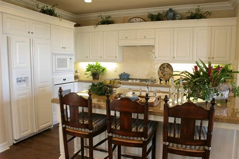 Dining Room Table Match Kitchen Cabinets China Cabinetcomplete Dining Room Sets Withna Cabinet