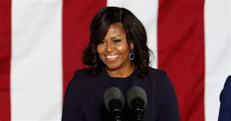 want to see a picture of michelle obama with new haircut people on twitter really want michelle obama to run for