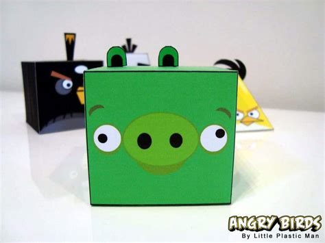 Angry Birds Papercraft - angry birds papercraft fold feather and fight bit rebels