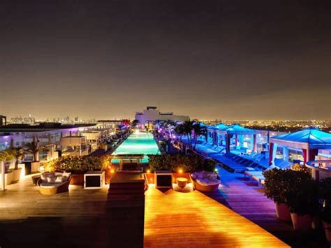 roof top bar miami plunge bar and lounge at gansevoort hotel in miami omg