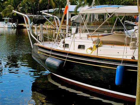 dinghy boat facts windtraveler dinghy davits