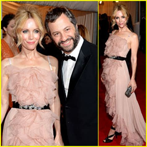 leslie mann judd apatow wedding 2012 met ball photos news and videos just jared page 4