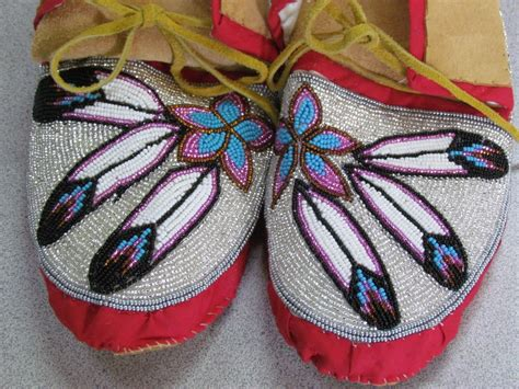 how to bead leather moccasins american bead hide moccasins multicolored