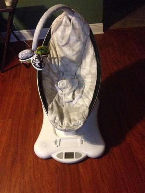 used mamaroo swing 4moms mamaroo swing model 4m 005 00 baby kids in