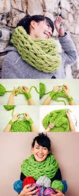 Diy Arm Knitting Infinity Scarf 17 B 228 Sta Bilder Om Projects To Try P 229 Klassrum