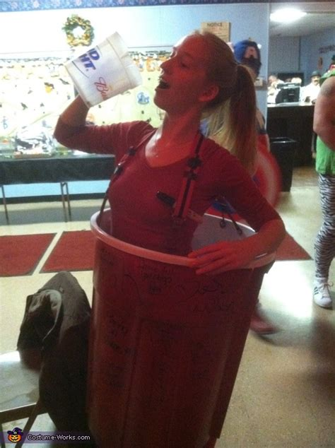 toby keith halloween costume red solo cup halloween costume photo 3 3