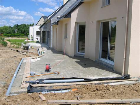 Terrasse En Ciment by Couler Une Dalle Terrasse B 233 Ton Bricobistro