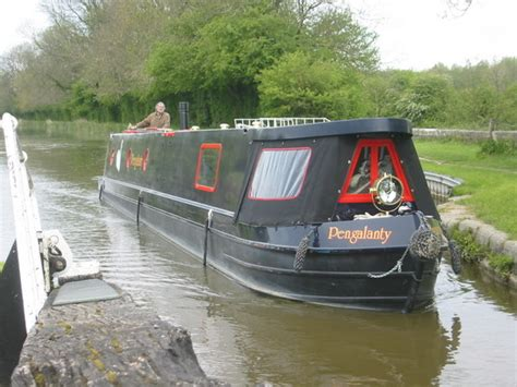 boat surveyor near me a case study of liveaboard narrowboat pengalanty living