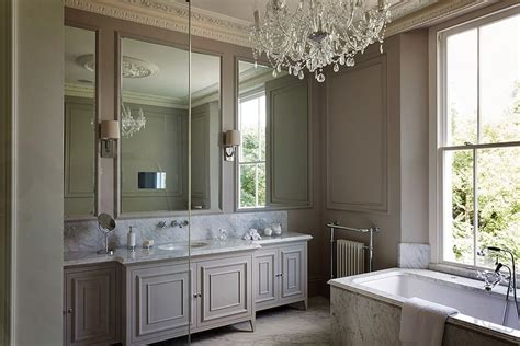 Taupe Colored Bathrooms by What Color Is Taupe And How Should You Use It