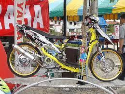 Modif Mio Sporty Jari Jari by Modifikasi Mio Sporty Velg 17 Jari Jari Modifikasi Motor
