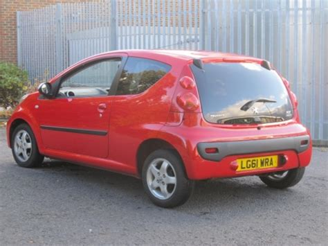 red peugeot for sale used red peugeot 107 2011 petrol in great condition for