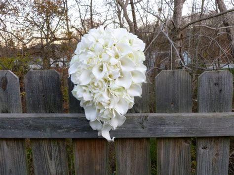 ivory cascading bridal bouquet calla