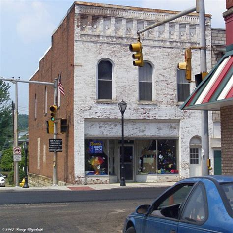 Americantowns Com Photos Of Ravenswood Wv Pictures And Photo Gallery For