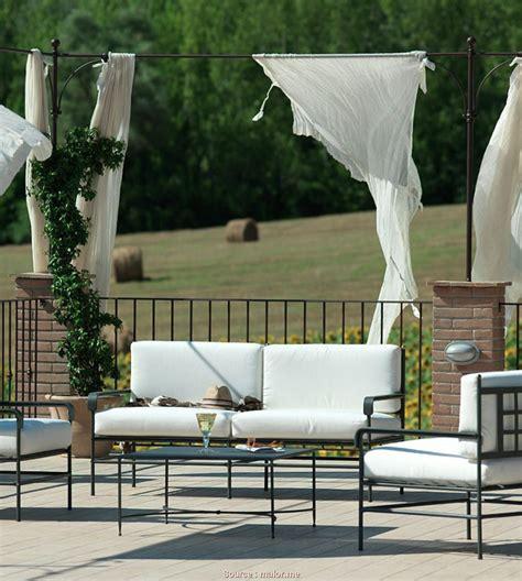 divanetti da esterno economici 4 divano giardino economico jake vintage