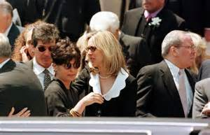 Frank sinatra funeral frank sinatra s funeral