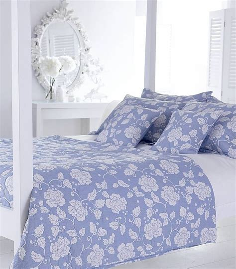periwinkle bedding 170 best images about the periwinkle cottage on pinterest