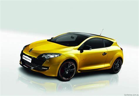 2011 Megane Renault Sport 265 Trophy Revealed Photos 1