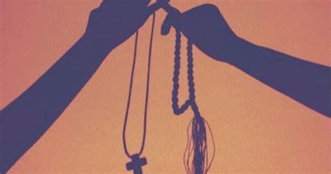 Belajar Khusuk inspiratif kisah suami istri beda agama mempunyai 4 anak 2 islam 2 kristen belajar khusyuk