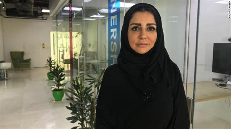 Careem Car Types Ksa by Uber S Mideast Rival Is Hiring Drivers In Saudi Arabia