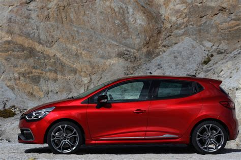 renault clio 2013 2013 renault clio rs review caradvice