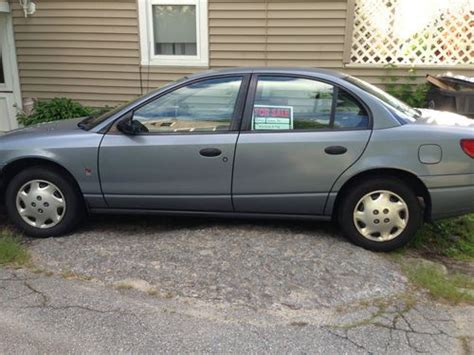 2002 saturn sl1 sell used 2002 saturn sl1 base sedan 4 door 1 9l in