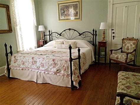 the humming room brackenridge house bed and breakfast updated 2017 b b reviews price comparison san antonio
