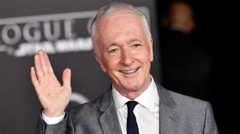 anthony daniels images star wars actors who make less than you thought