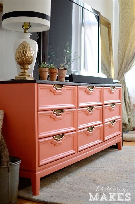 Thrift Store Furniture Makeovers by Best 25 Retro Furniture Makeover Ideas On