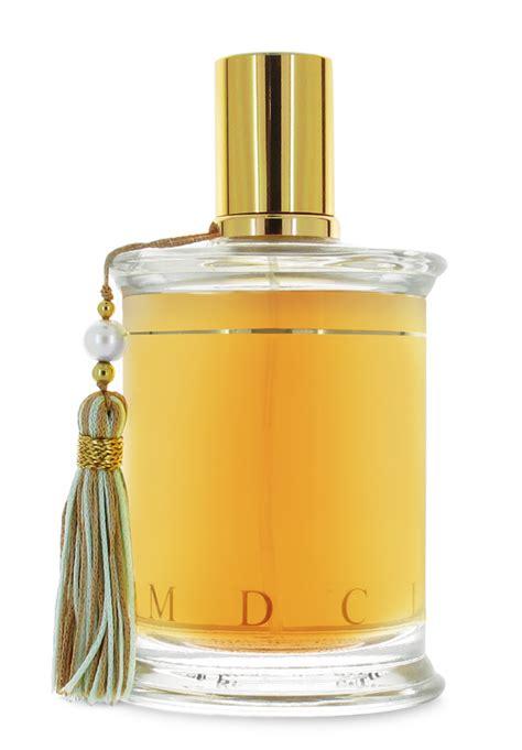 Botol Minyak Wangi chinta paradise keunikan botol minyak wangi dengan