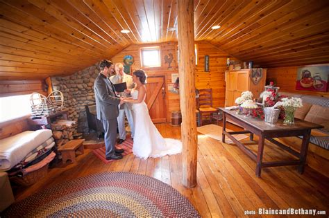 montana bed and breakfast treena and john s elopement wedding mount hood bed and