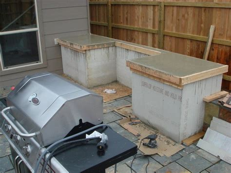 Diy Backyard Kitchen by Diy Outdoor Kitchen Projects