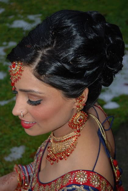 indian updo hairstyles videos famous indian bridal updos 14 weddings eve