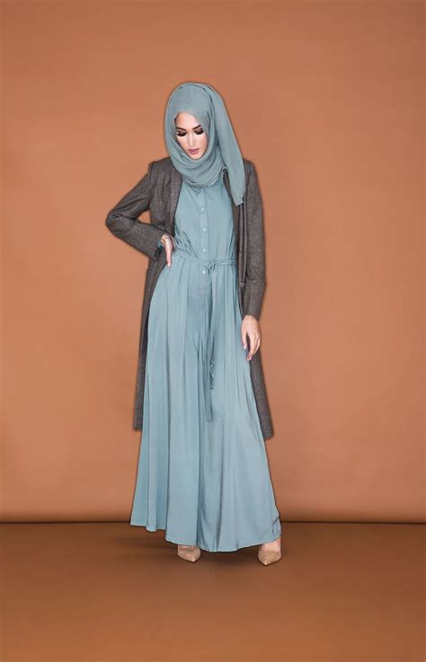 17 best ideas about islamic fashion on dress muslim dress and hijabs