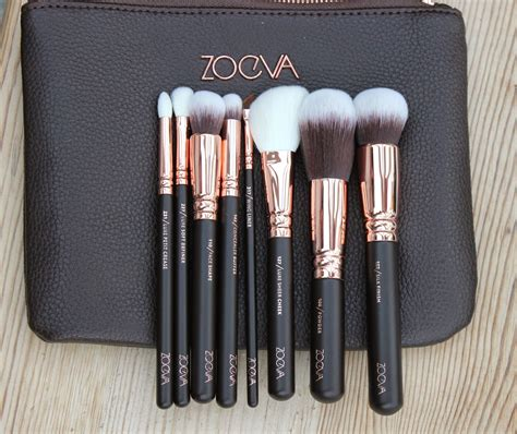 Zoefa Brush le chic as gold zoeva gold makeup