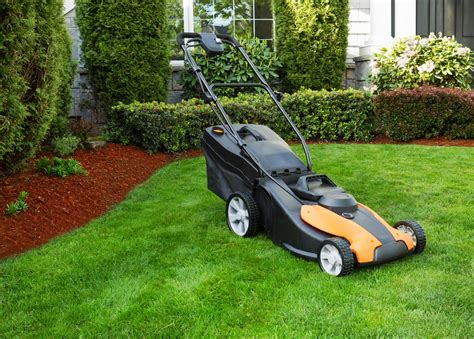 Landscaper Lawn Mower Mississauga Lawn Care Emission Free Battery Powered