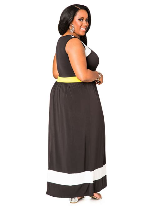 Maxi Dress Momoty Baby Peeking 2 colorblock peek a boo maxi dress plus size dresses stewart 010 11205x