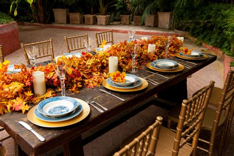 fall themed table decorations haut appetit s elizabeth minett tips for a fall