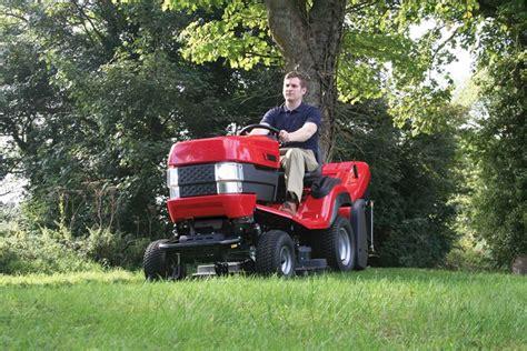 trattorini da giardino trattorini attrezzi da giardinaggio trattorini utilizzo