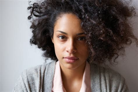beautiful light skinn women with curly hair women with dark skin don t have my light skinned privilege