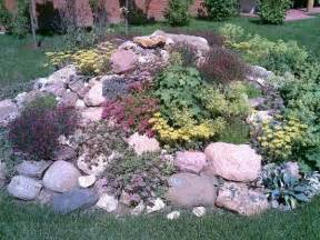 Small Rocks For Garden 1000 Ideas About Rockery Garden On Rockery Stones Geraniums And Gardening