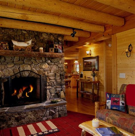 Cabin With Fireplace by Log Cabin With Fireplace Cabin